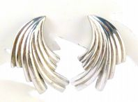 Vintage Dainty Silver Swoop Earrings By D'Orlan